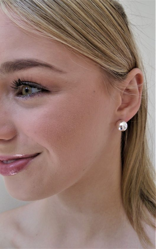 12mm silver pearl ball earring on model